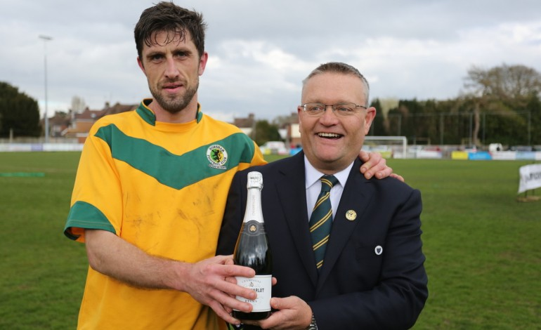 Shelley wins Supporters Player of the Year Award