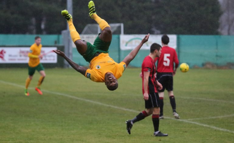 Sittingbourne 1 Horsham 3